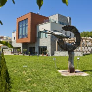 Жилищна сграда в с.о.Прибой, Варна
