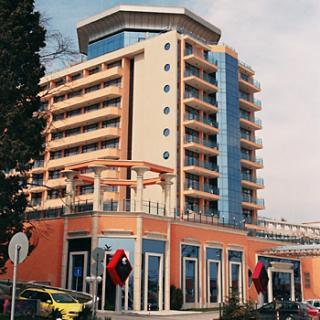 """Хеликоптерна площадка на хотел """"Астера"""" – Златни Пясъци"""